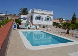 villa & piscine