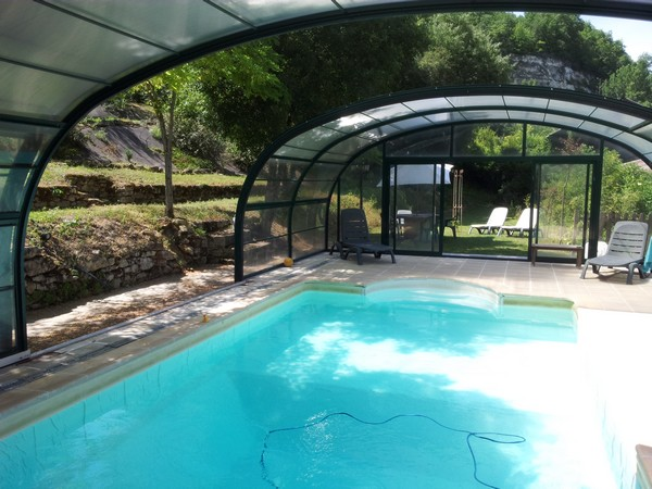 Location Villa Piscine Couverte
